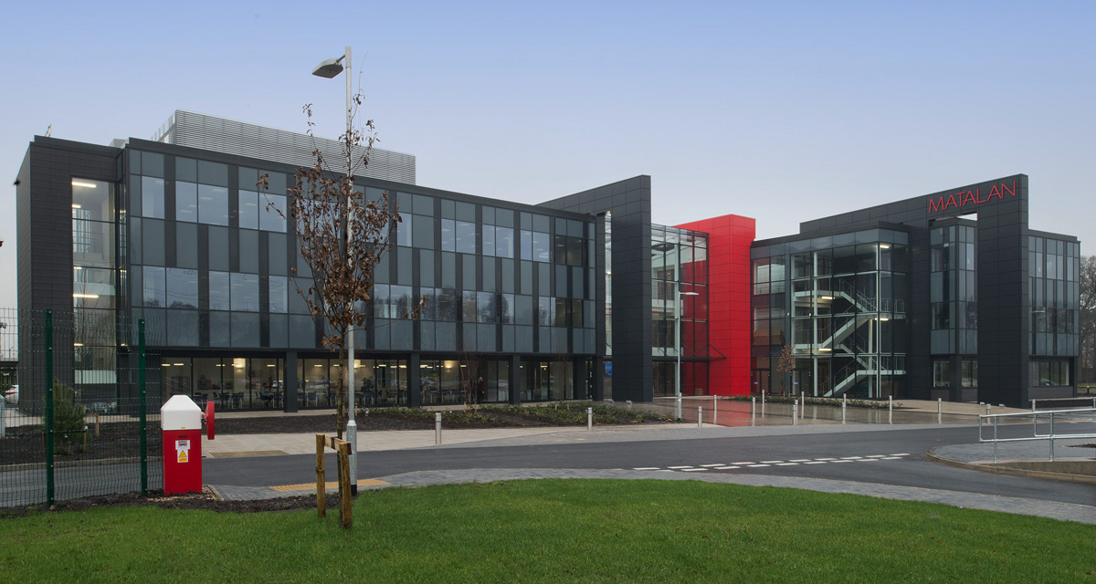 ACM Rainscreen Cladding Matalan HQ Knowsley by Longworth 5