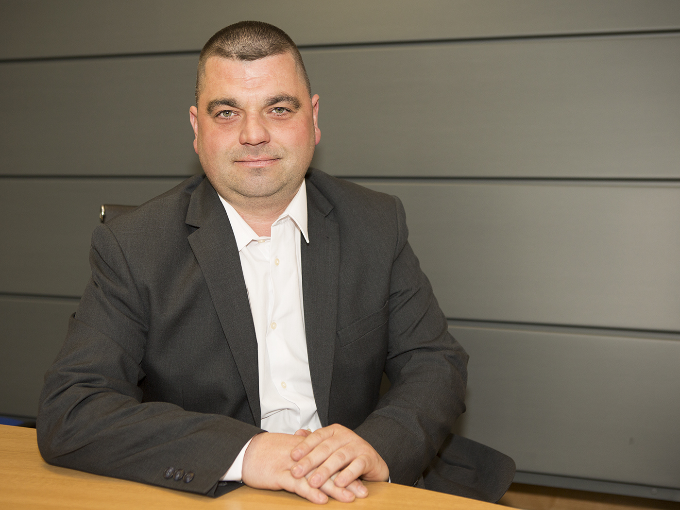 Lee Smith - Contracts Manager 2