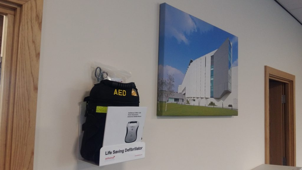 Automatic External Defibrillator Longworth HQ