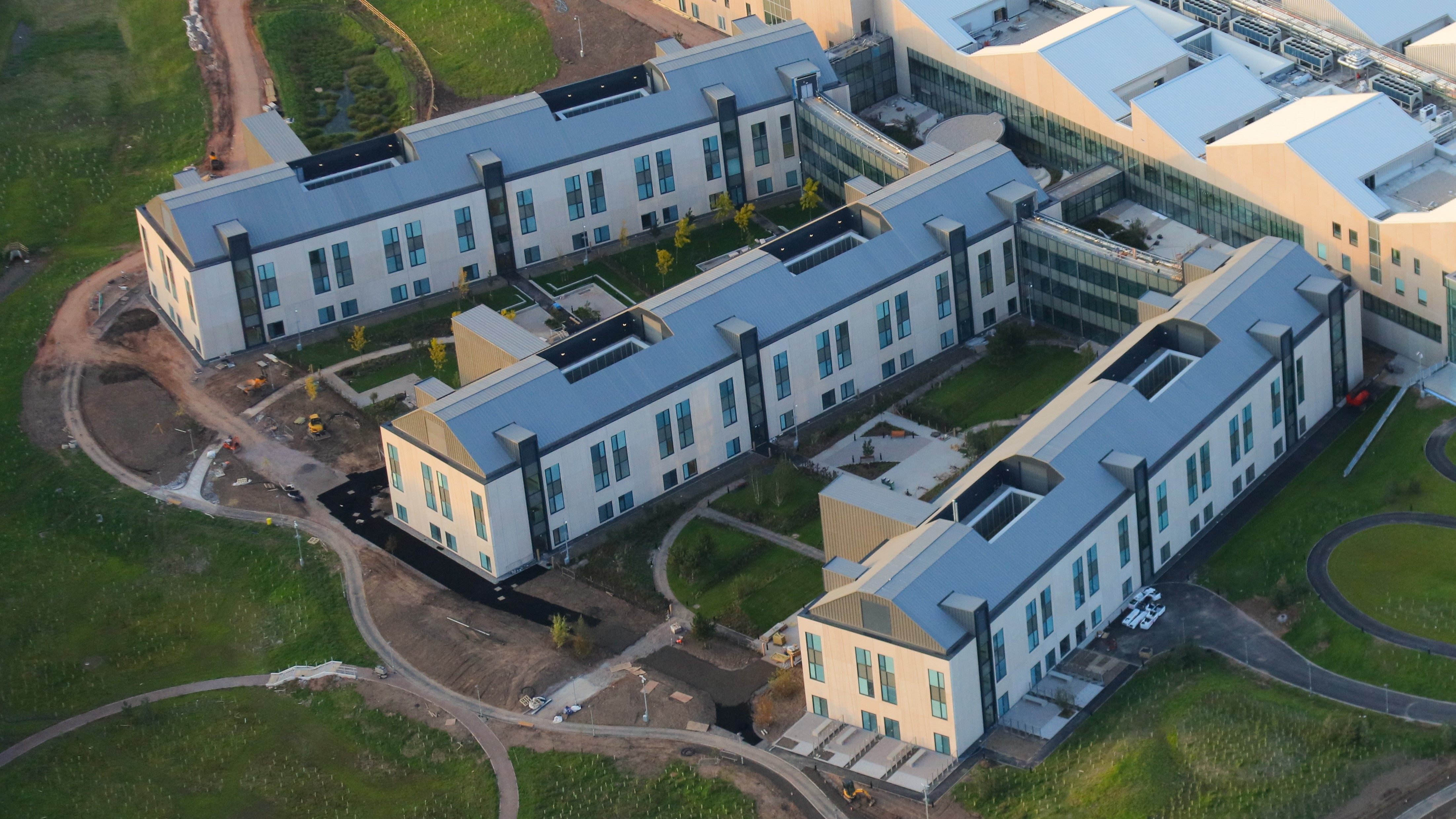 8. Longworth Dumfries & Galloway Hospital, aerial complete 3 wings